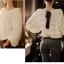 เสื้อผ้าแฟชั่นเกาหลีผ้าย่นๆจับเป็นเลเยอร์สีขาวแขนยาวพองๆ ด้านหลังผูกโบว์ ผ้านุ่มใส่สบายนะค่ะ thumbnail 1