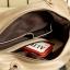 กระเป๋าถือแฟชั่นสีครีม แต่งด้วยผ้าลูกไม้สีขาว thumbnail 5
