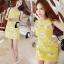 mini dress สีเหลืองแขนกุด ปักลายดอกไม้สีเหลือง thumbnail 1