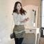 SISOUHOR เสื้อแฟชั่นแขนยาว คอปกปักเลื่อมสีทอง จับจีบที่คอ สีขาวผ้าชีฟองเกาหลี thumbnail 1